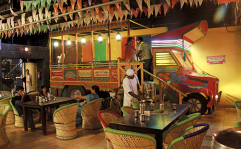 7-Theme-Based-Restaurants-in-Bangalore-village-bangalore-central